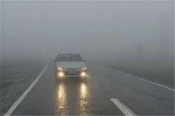 مه گرفتگی در برخی از جاده های خراسان رضوی