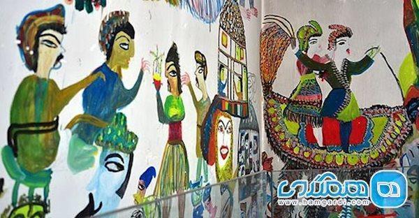 خانه موزه مکرمه قنبری بابل، سفری به دنیای رنگ های یک زن