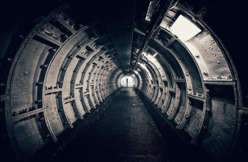 دارپابه دنبال تونل های زیرزمینی مخوف دنیا ، 4 استفاده احتمالی از تونل های بزرگ