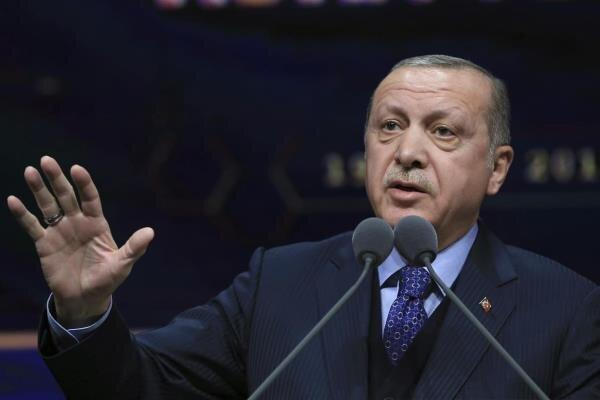 اردوغان: عملیات تا تسلیم و عقب نشینی کردها ادامه دارد