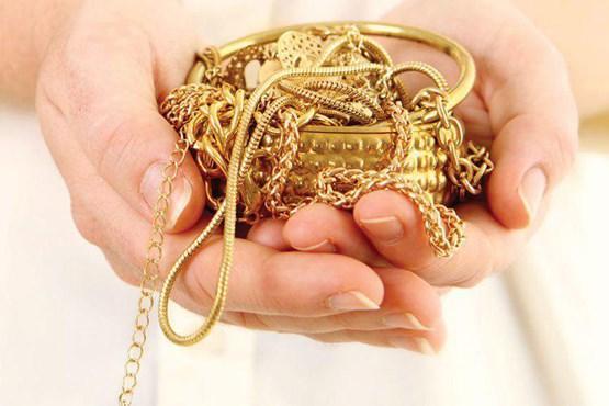 برای تقویت اعصاب همسرتان طلا بخرید!