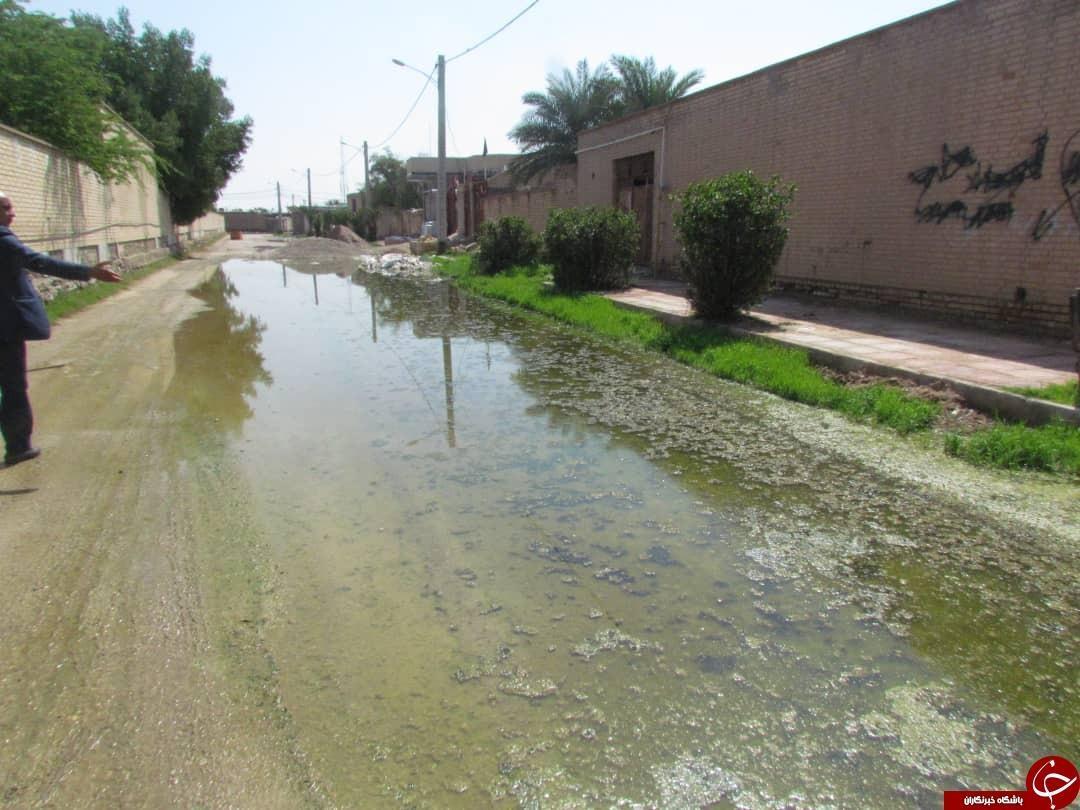 افزایش دبی رودخانه کرخه، فاضلاب را در خیابان های بستان جاری کرد