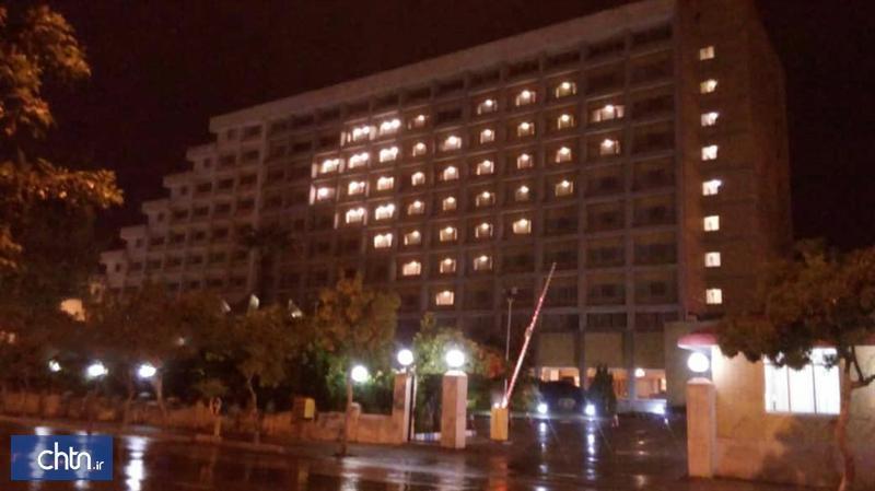 چراغ های هتل همای شیراز برای بیماران کرونایی روشن شد