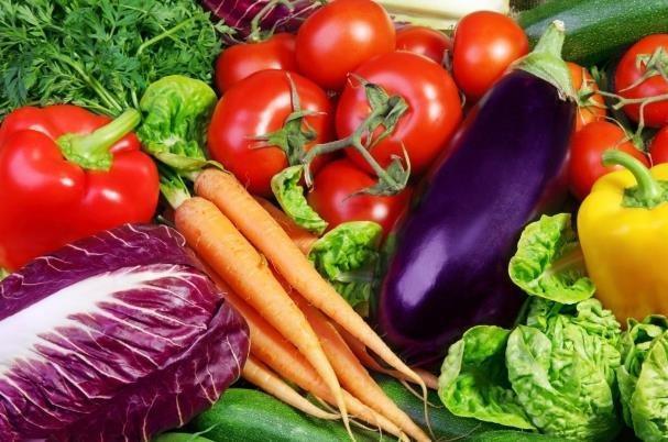 قیمت سبزیجات و صیفی جات در میادین میوه و تره بار کاهش یافت
