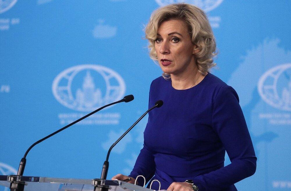 پوتین خانم سخنگو را مفتخر به بالاترین نشان کرد، عکس