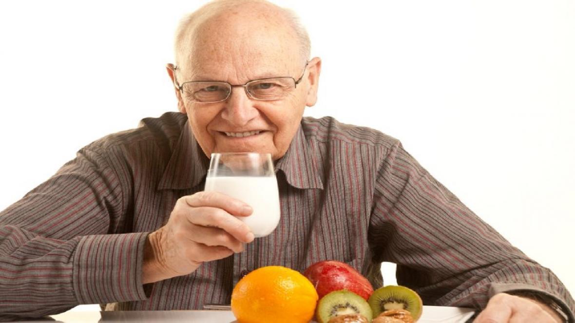 4 اصل مهم در غذا خوردن مردان بعد از 50 سالگی