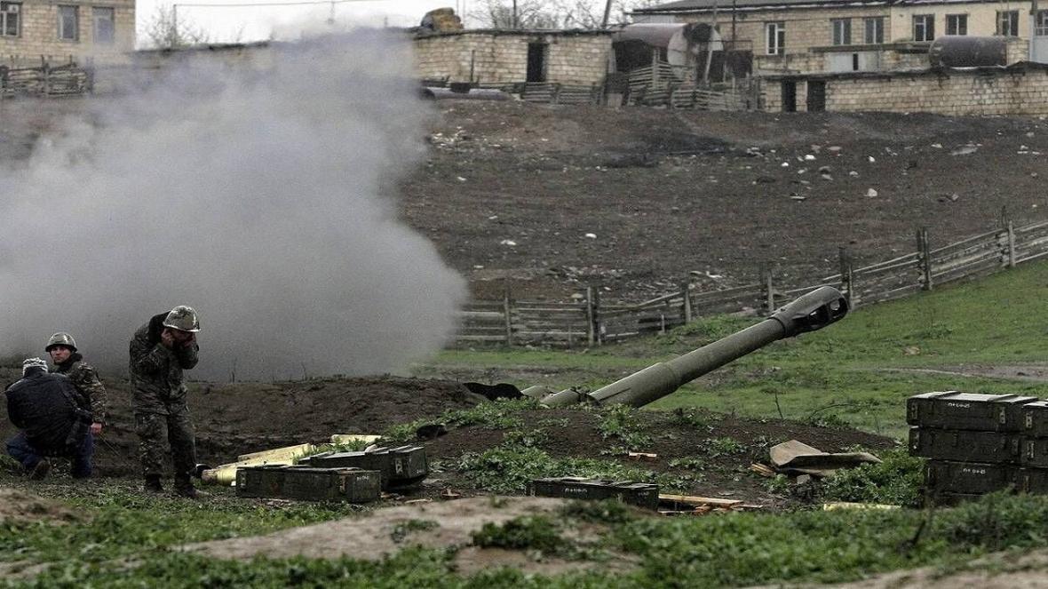 درگیری ها میان جمهوری آذربایجان و ارمنستان در تمام خطوط ادامه دارد