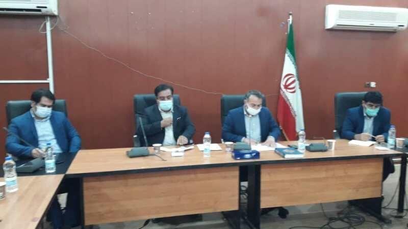 خبرنگاران فرماندار: آب بهای پرداختی کشاورزان دهلرانی باید تعیین تکلیف شود