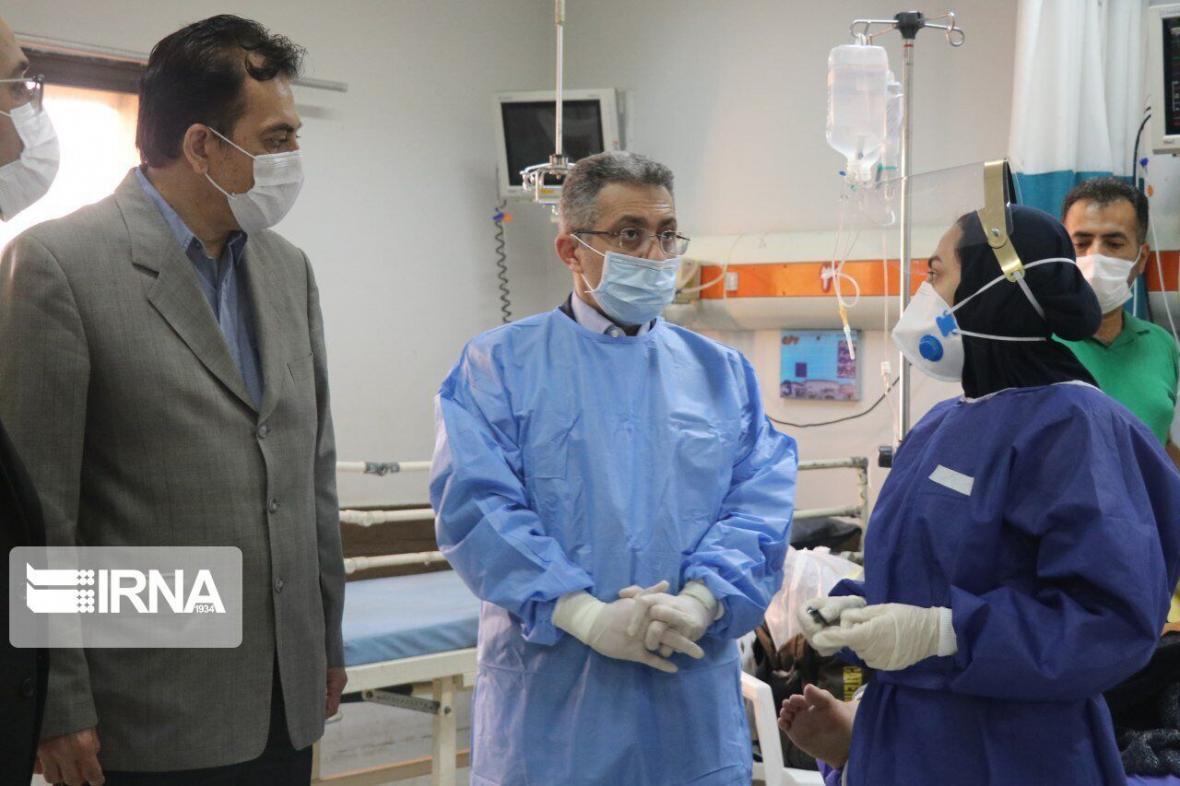 خبرنگاران معاون وزیر بهداشت: مهار کرونا باید از خانه ها شروع گردد