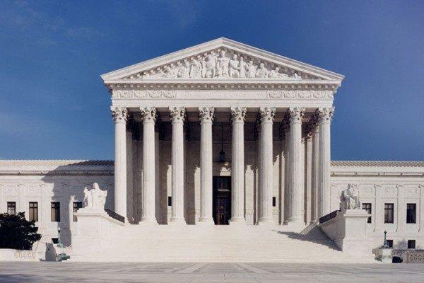 دیوان عالی آمریکا ابطال نتیجه انتخابات در 4 ایالت را رد کرد