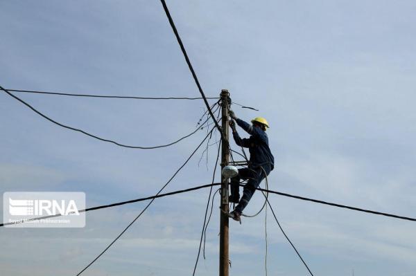 خبرنگاران برگزاری مانور سراسری اصلاح ولتاژ شبکه برق در قم