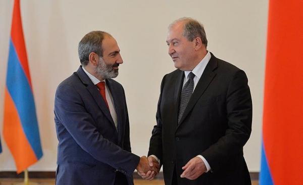 نخست وزیر ارمنستان خواهان کناره گیری رئیس ستاد کل ارتش شد