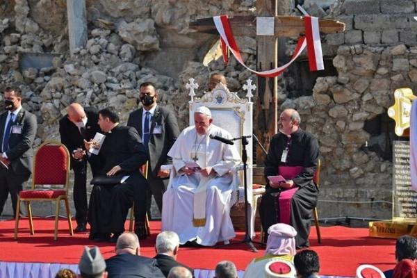 پاپ در موصل: صلح از جنگ قوی تر است