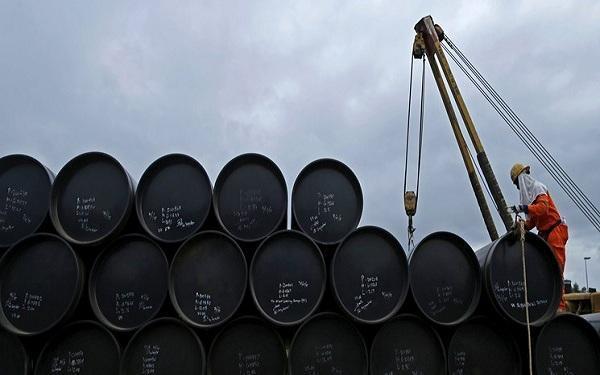 قیمت نفت همچنان بالا می رود